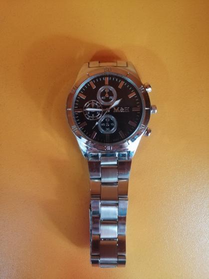 Часовник Модел 200114 - Бутик Црвенкапа ! Најдобри ! Најевтини !
